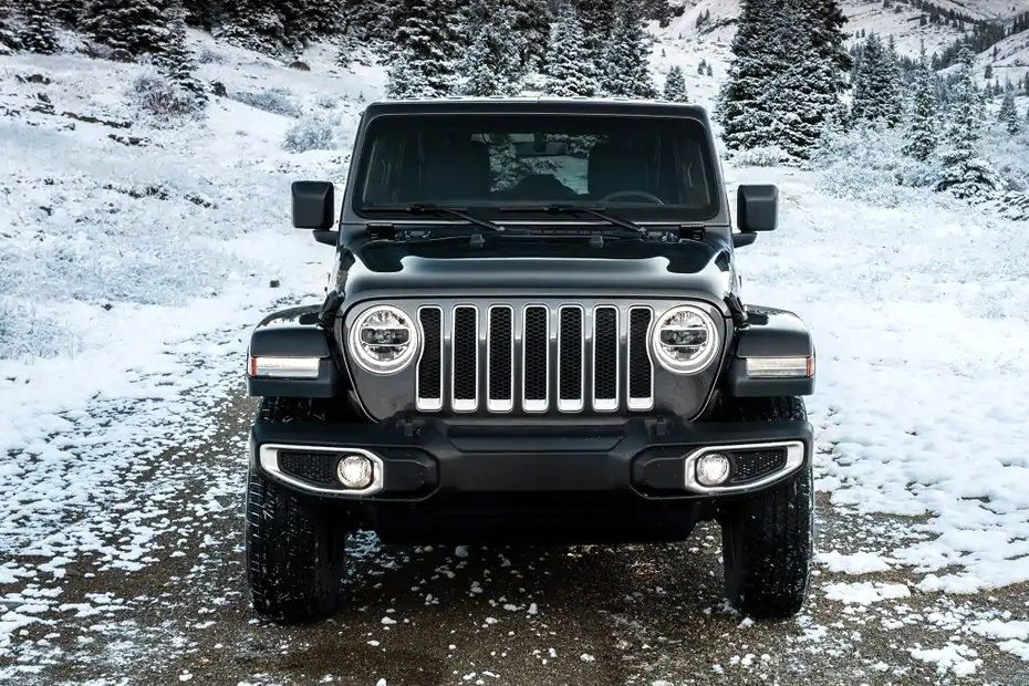 jeep-wrangler-2019-full-front-view-152089