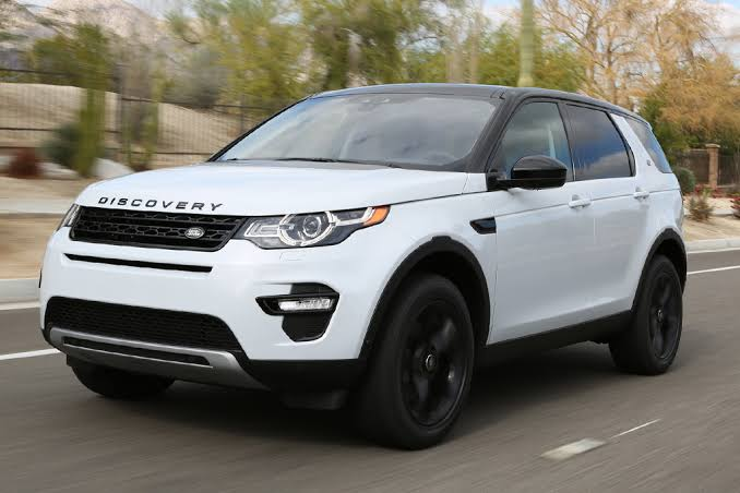 Land Rover Discovery Sport . Rp1,5 Milyar . Call 085773713808